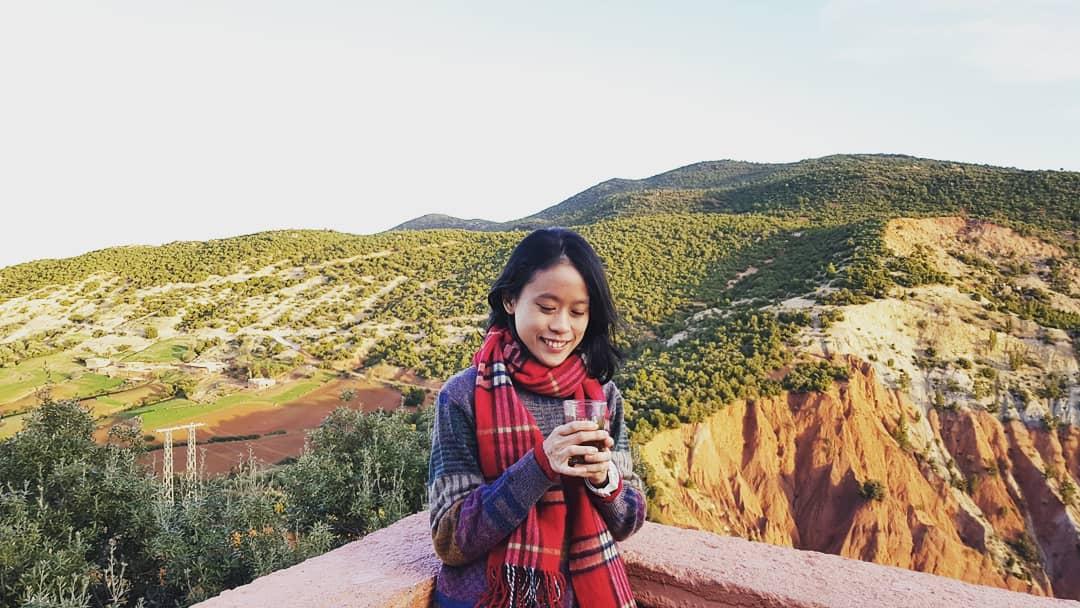 Ying Yi travels
